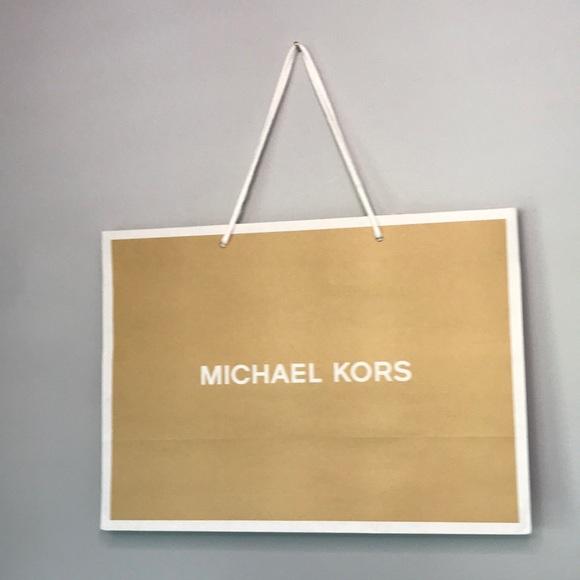 Michael Kors medium gift paper bag
